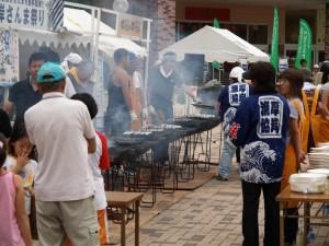 秋刀魚を焼く人たち by 厚岸漁協