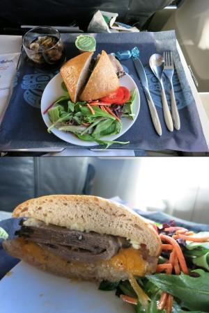 アラスカ航空Fクラスの機内食